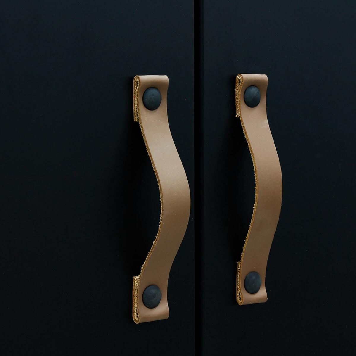 Armario 3 puertas FLORIS Bopita negro mate-natural