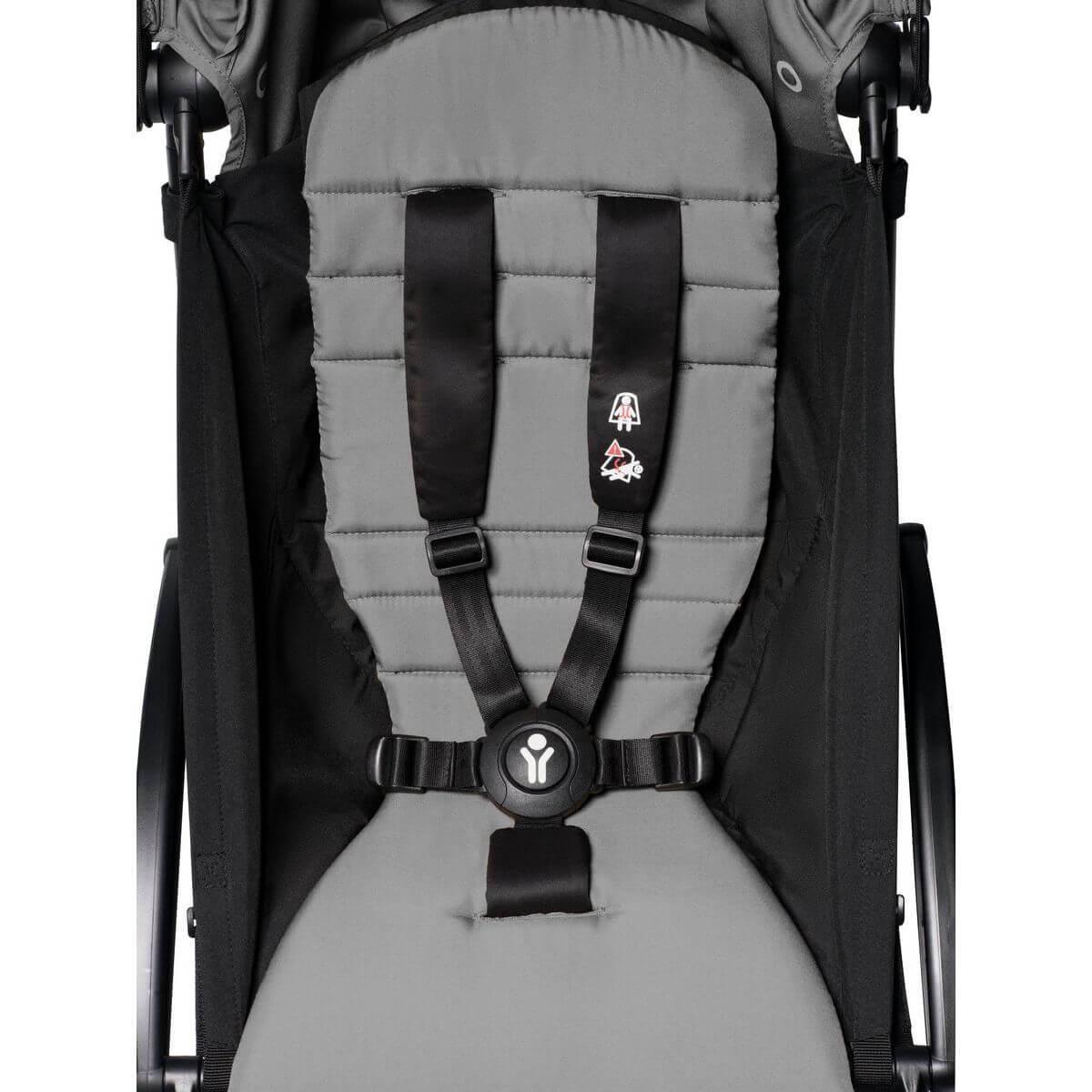 BABYZEN cochecito YOYO² 6+ negro-gris