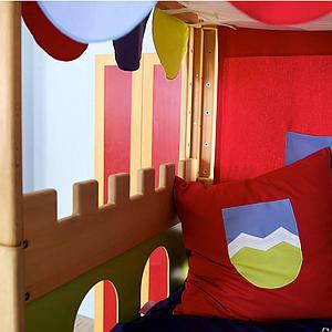 Cama dosel Castillo DELUXE de Breuyn haya aceitada-verde