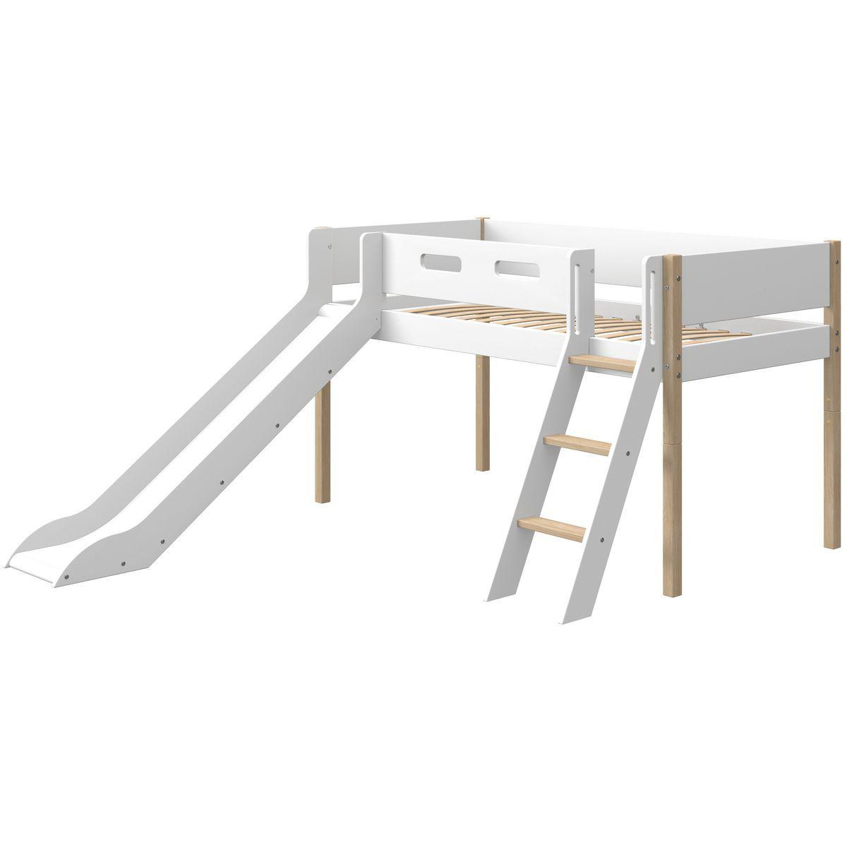 Cama media alta 90x190cm escalera inclinada-tobogán NOR Flexa roble-blanco