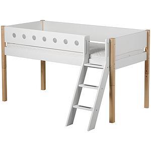 Cama media alta 90x200 WHITE Flexa escalera inclinada barrera blanca patas abedul