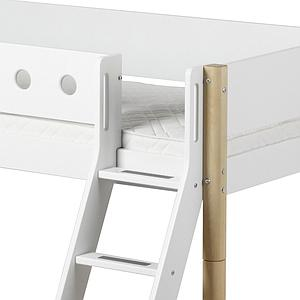 Cama media alta 90x200 WHITE Flexa escalera inclinada tobogán barrera blanca patas abedul