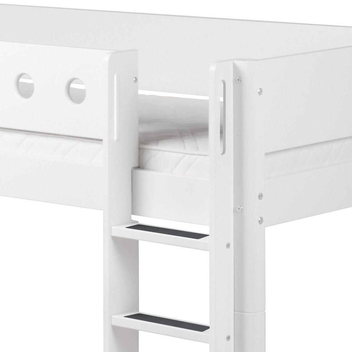 Cama media alta 90x200 WHITE Flexa escalera recta barrera y patas blancas
