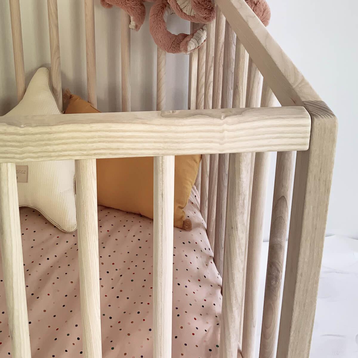Cuna bebé KERA fresno top Round-pie Retro