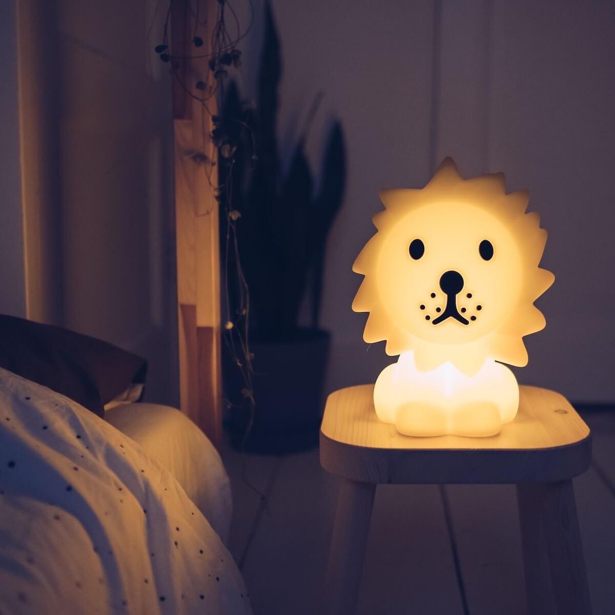 Lámpara mesa LION FIRST LIGHT Mr. Maria