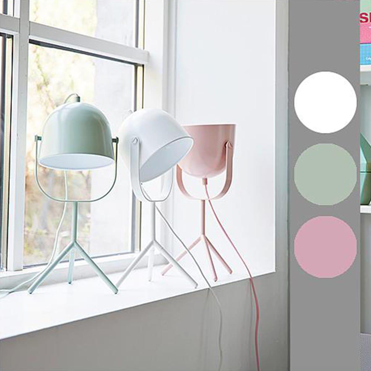 Lámpara mesa MONTY Flexa verde menta